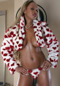 Kinky model CREOLE DELIGHT new furry collection.
